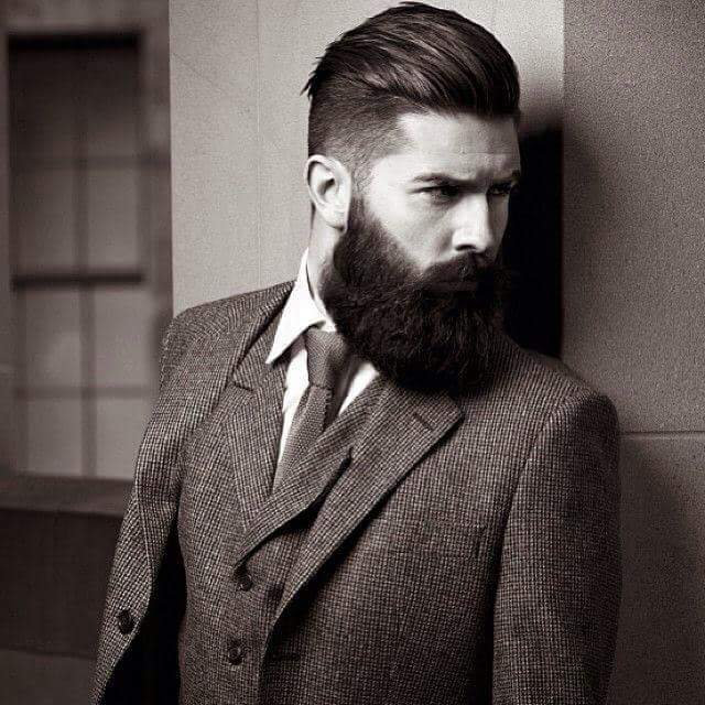 Coupe + Taille de Barbe Hipster 42€
