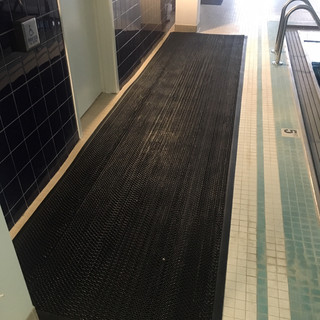 5100 Mat pool area.JPG
