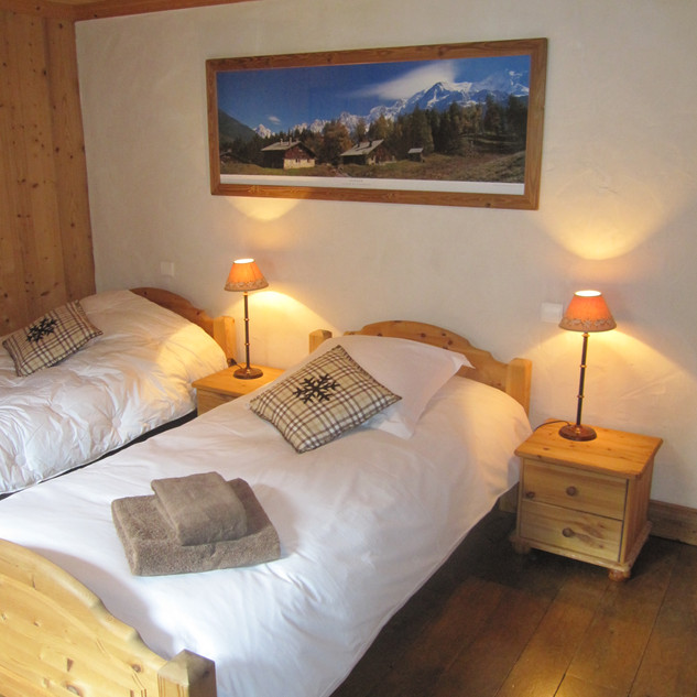 chambre%20alpages%20chalet%20Elena.JPG