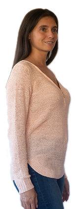Sweater Rosado con cierre en V.