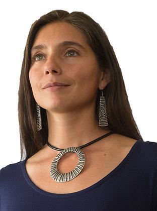 Collar Arab