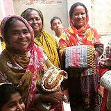 artisans and sari blankets