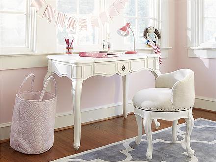girl desk.jpg