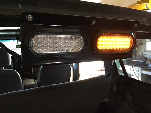 Rear chase light is wired up. Left is a red brake light and right is a solid state amber that stays on when the jeep is on.