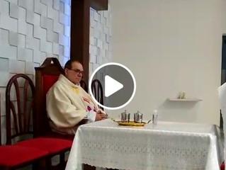 Mais um vídeo da missa da nossa padroeira Santa Joana d'Arc e despedida do Pe. Décio