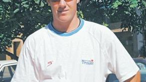 Carrick sign SA star de Villiers