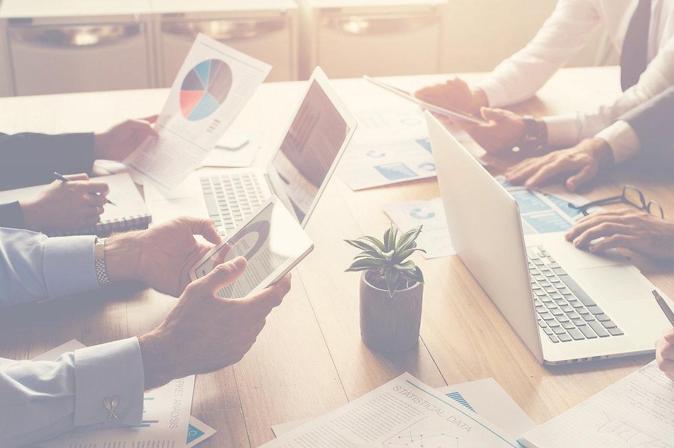 Startups, Pitch decks, financial model