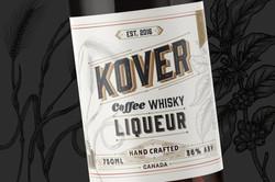 Barrel liqueur bottle 1600x1067px 02