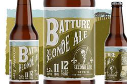 Batture beer bottle 1600x1067px 01
