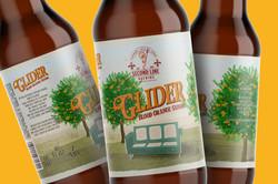 Glider beer bottle 1600x1067px 02