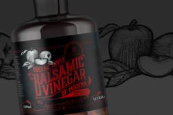Ancame Balsamic Vinegar bottle 1600x1067px 02