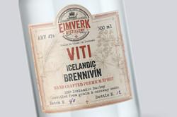Viti Aquavite bottle 1600x1067px 02