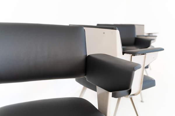 011_019-resort-chair-friso-kramer-11.jpg