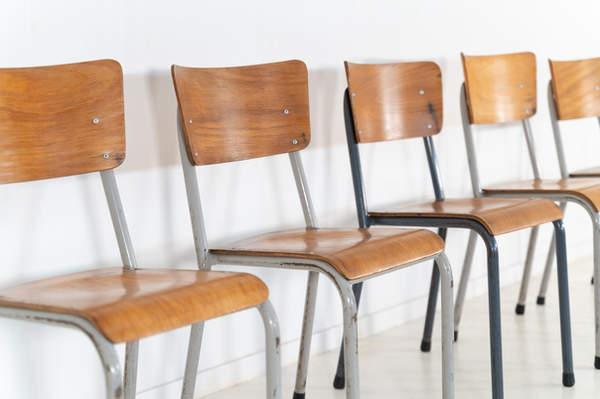 re_010-vintage-school-chair-45jpg