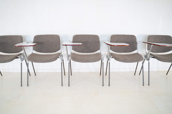 011_008-castelli-chair-with-writing-tabletop-103.jpg