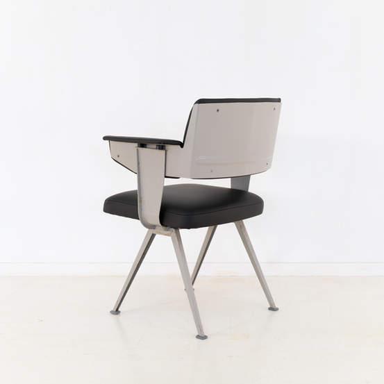 011_019-resort-chair-friso-kramer-45.jpg