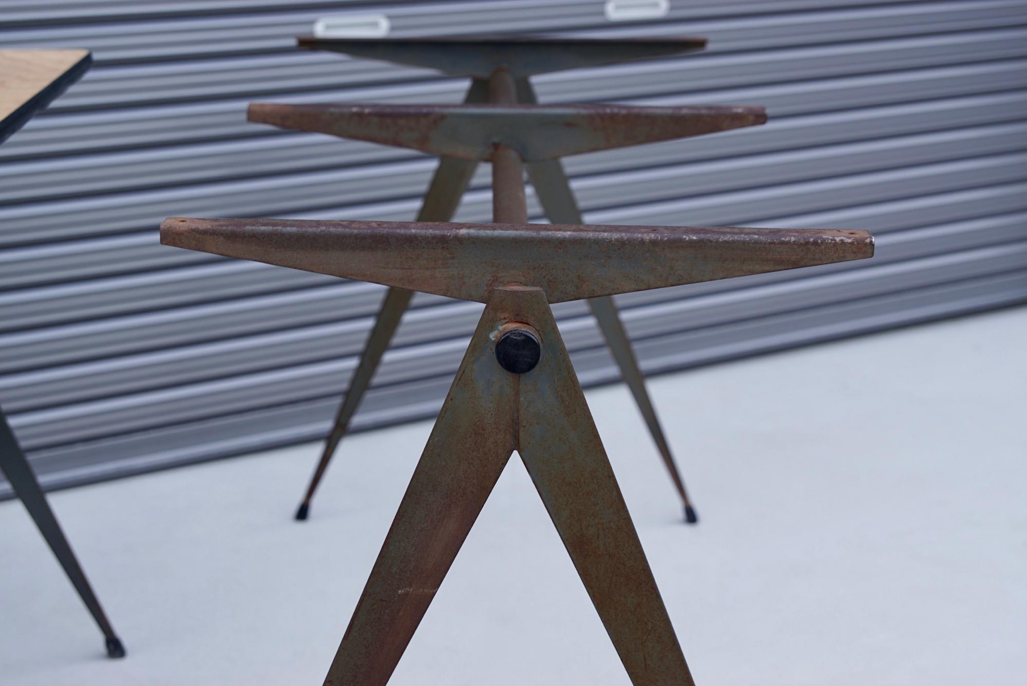 004_008A インダストリアル コンパステーブル - 44