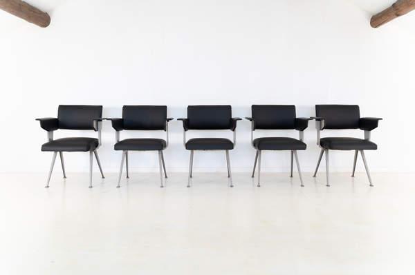 011_019-resort-chair-friso-kramer-43.jpg