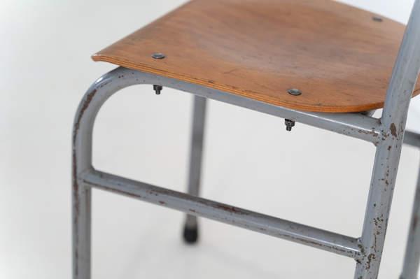 re_008-vintage-school-chair-grey-1-03jp