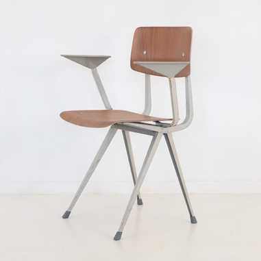 Result chair with armrest 2nd edition white