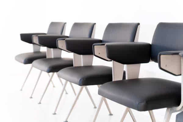 011_019-resort-chair-friso-kramer-29.jpg