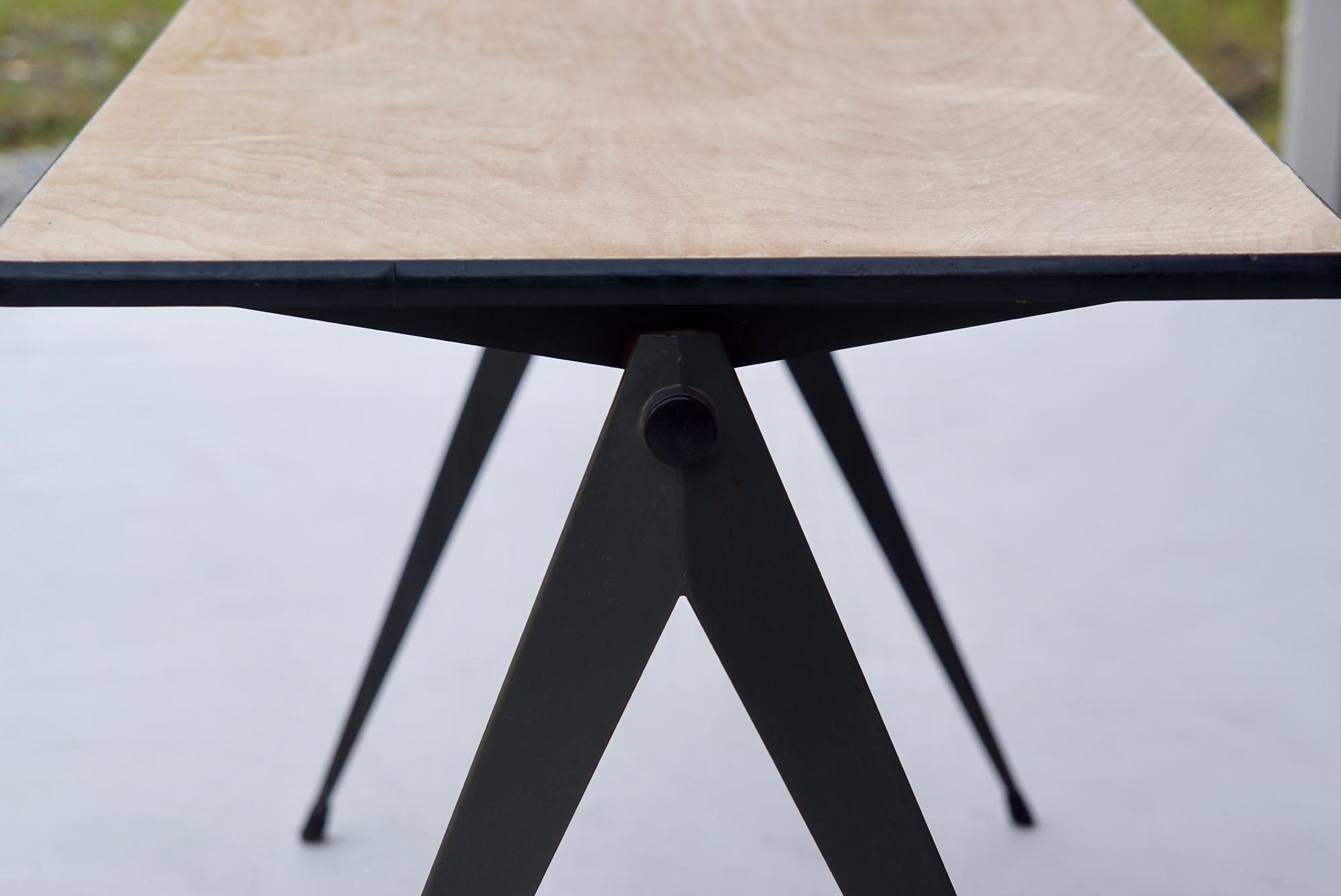 004_008A インダストリアル コンパステーブル - 8