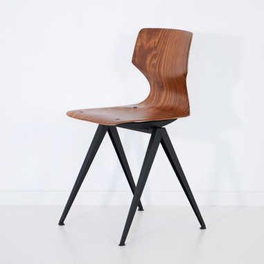 Galvanitas chair S14