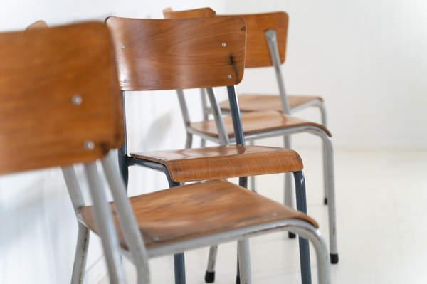 re_010-vintage-school-chair-22jpg