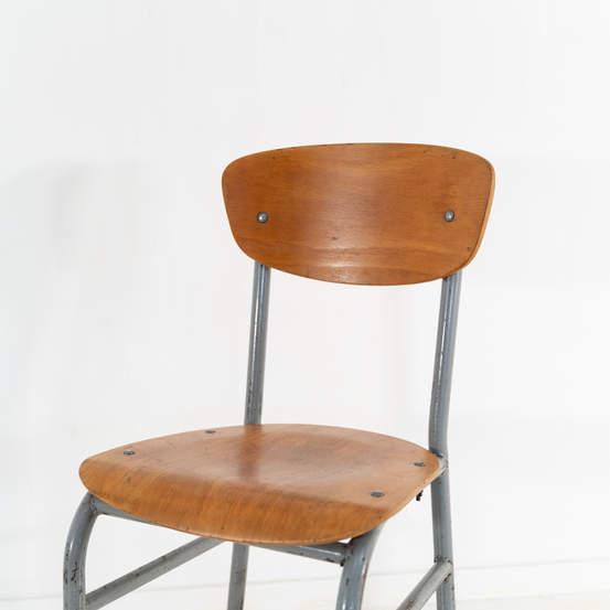 re_008-vintage-school-chair-grey-1-09jp