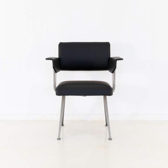 011_019-resort-chair-friso-kramer-48.jpg