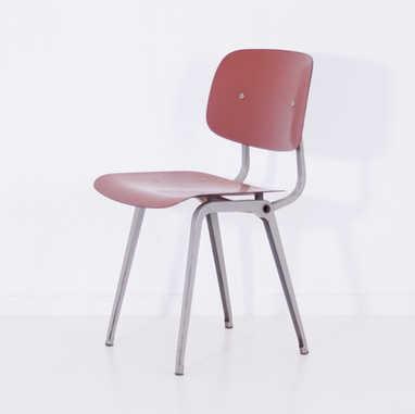 Revolt chair red