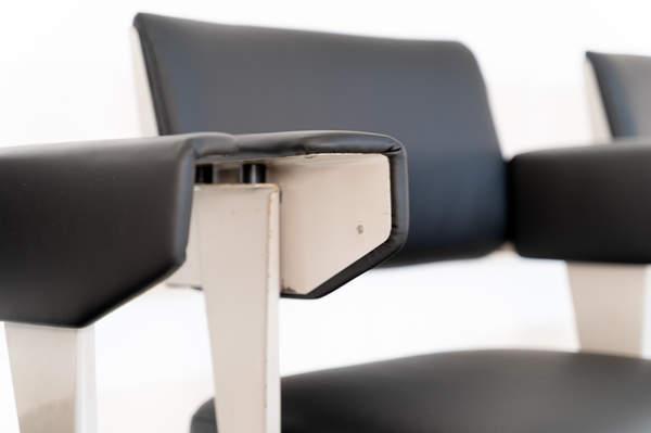 011_019-resort-chair-friso-kramer-23.jpg
