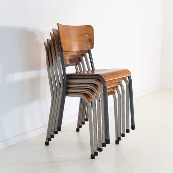 re_010-vintage-school-chair-10jpg