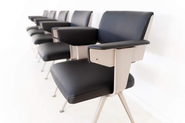011_019-resort-chair-friso-kramer-28.jpg