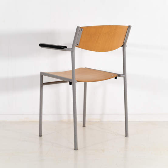011_002-gijs-van-der-sluis-chair-59jpg