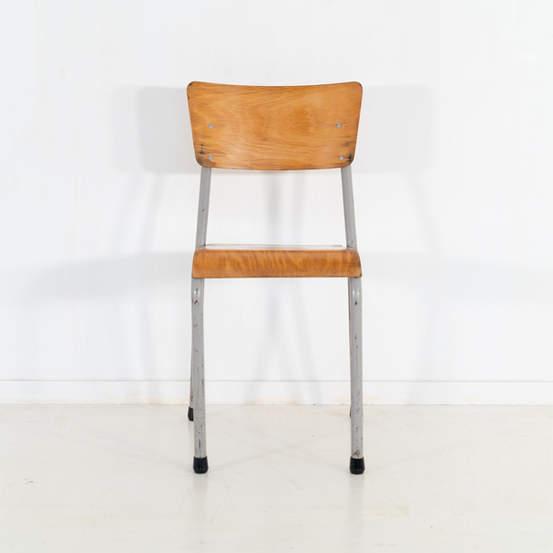 re_010-vintage-school-chair-52jpg