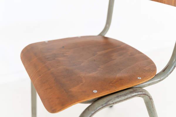 re_011-vintage-school-chair-olive-01jpg