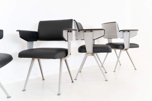 011_019-resort-chair-friso-kramer-08.jpg