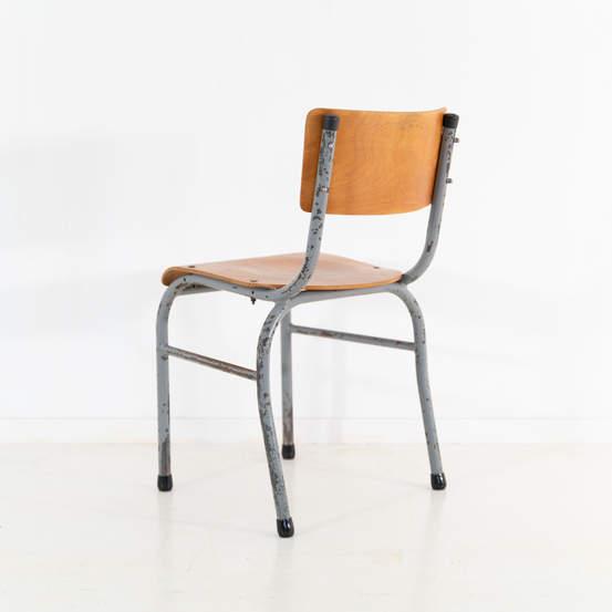 re_009-vintage-school-chair-grey-2-14jp