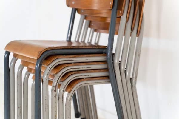 re_010-vintage-school-chair-05jpg