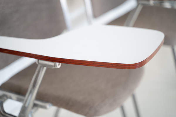011_008-castelli-chair-with-writing-tabletop-110.jpg