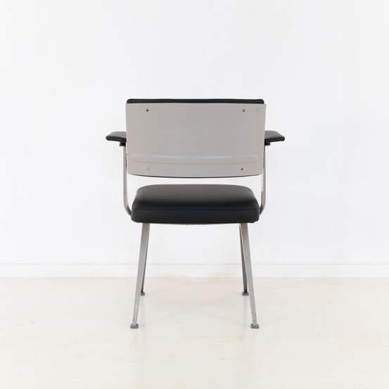 011_019-resort-chair-friso-kramer-44.jpg