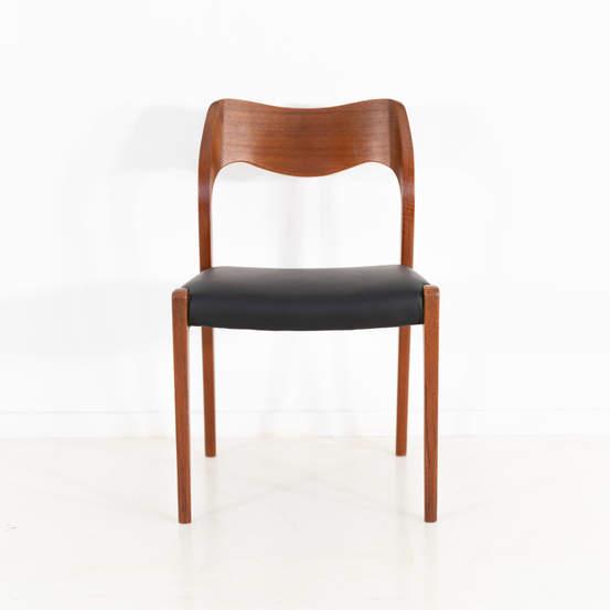 011_004-niels-otto-moller-chair-71-46jp