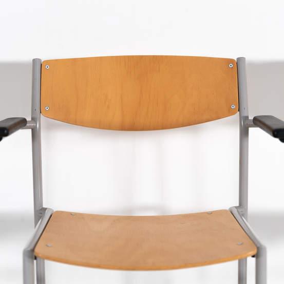 011_002-gijs-van-der-sluis-chair-42jpg