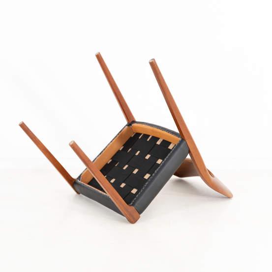 011_004-niels-otto-moller-chair-71-41jp