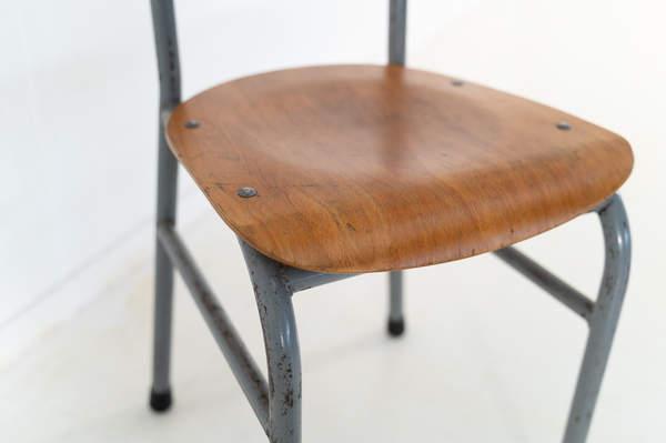 re_008-vintage-school-chair-grey-1-02jp