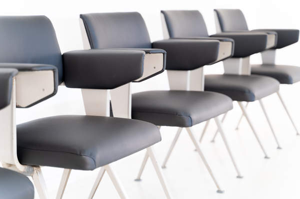 011_019-resort-chair-friso-kramer-37.jpg