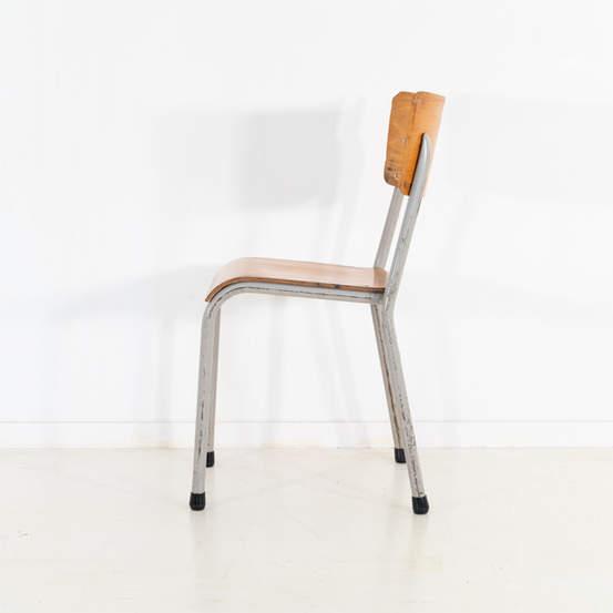 re_010-vintage-school-chair-50jpg