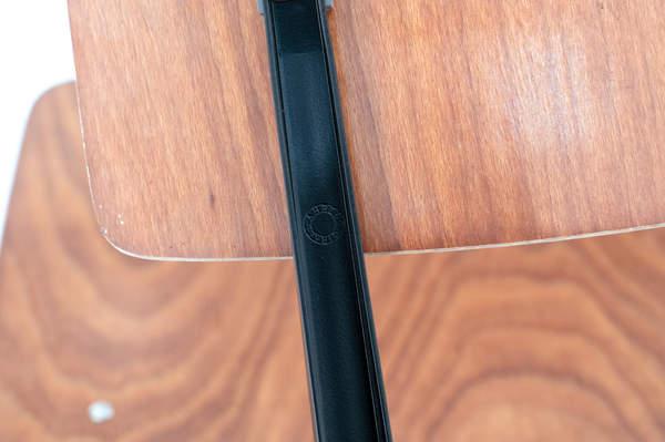 010_007_resultchair2nd_brown1-38jpg