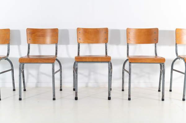 re_009-vintage-school-chair-grey-2-11jp